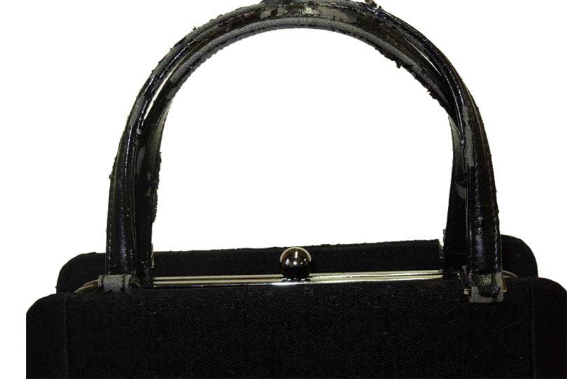 革のバッグの持ち手の交換